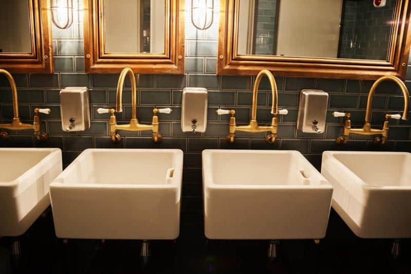 Clean restaurant bathrooms